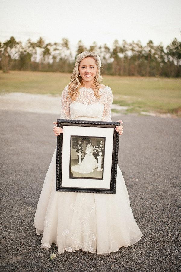 Maminčiny svatební šaty :) - Obrázek č. 8