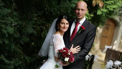 Nikola Šobichová (Holki) a její manžel Filip (2015)
