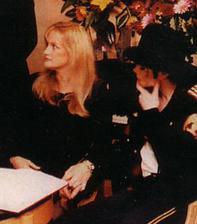 Michael Jackson a Debbie Rowe (1996)