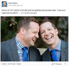 Sean Hayes (Will a Grace) a Scott Icenogle (2014)
