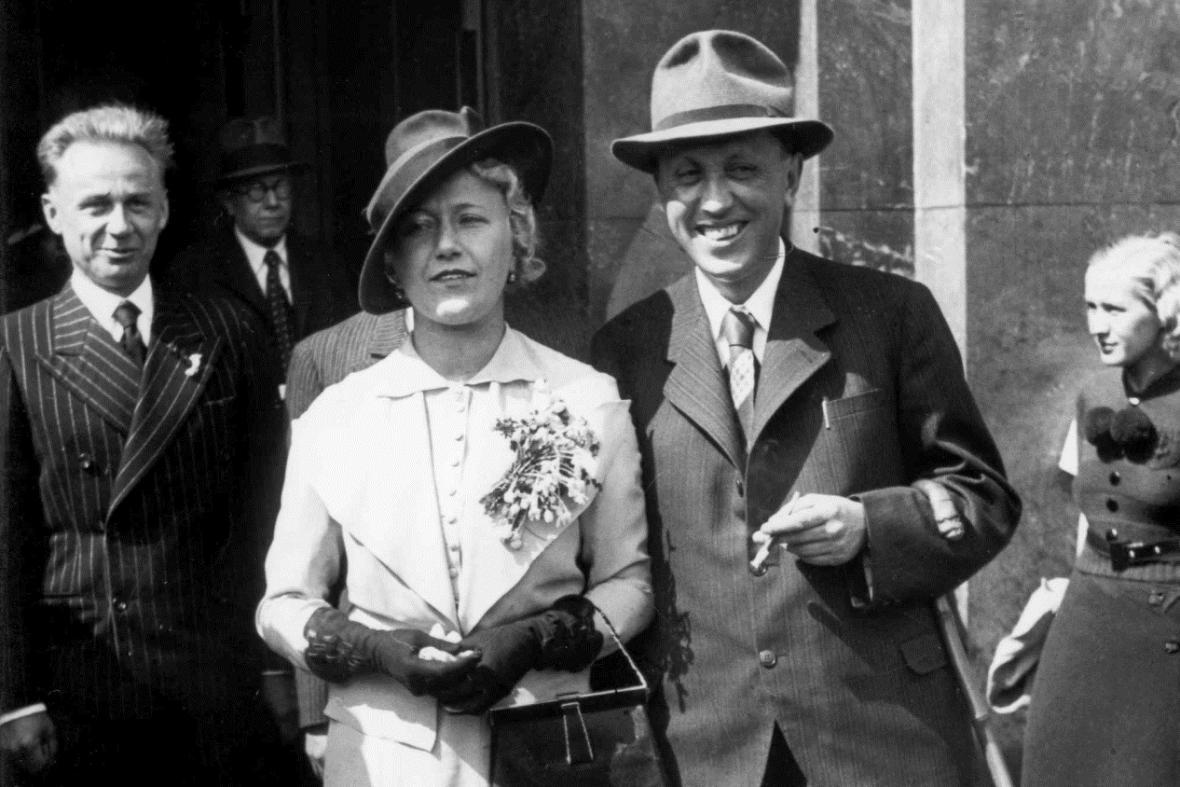 Svatby celebrit - Karel Čapek a Olga Scheinpflugová (1935)