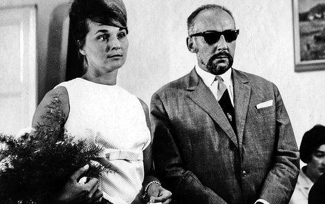 Svatby celebrit - Miloš Kopecký a Jana Křečková (1966)