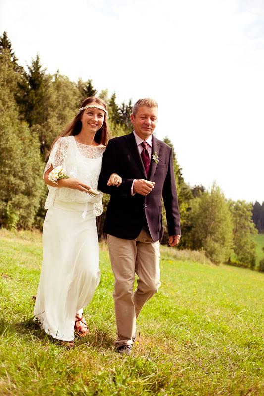 Svatební šaty - Marie Mukařovská - Obrázek č. 9