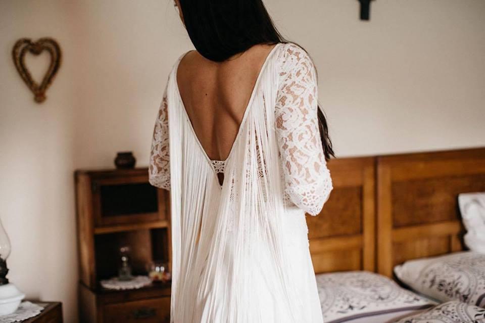Svatební šaty - Marie Mukařovská - Obrázek č. 7