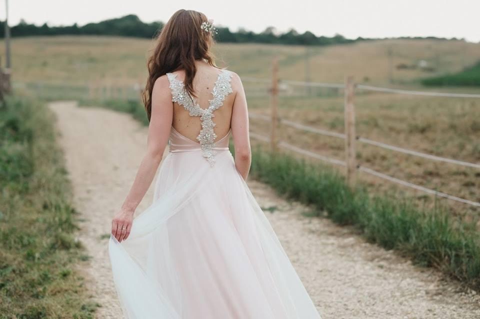 Svatební šaty - Marie Mukařovská - Obrázek č. 3