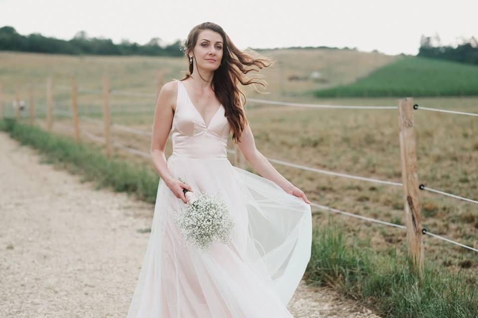Svatební šaty - Marie Mukařovská - Obrázek č. 1