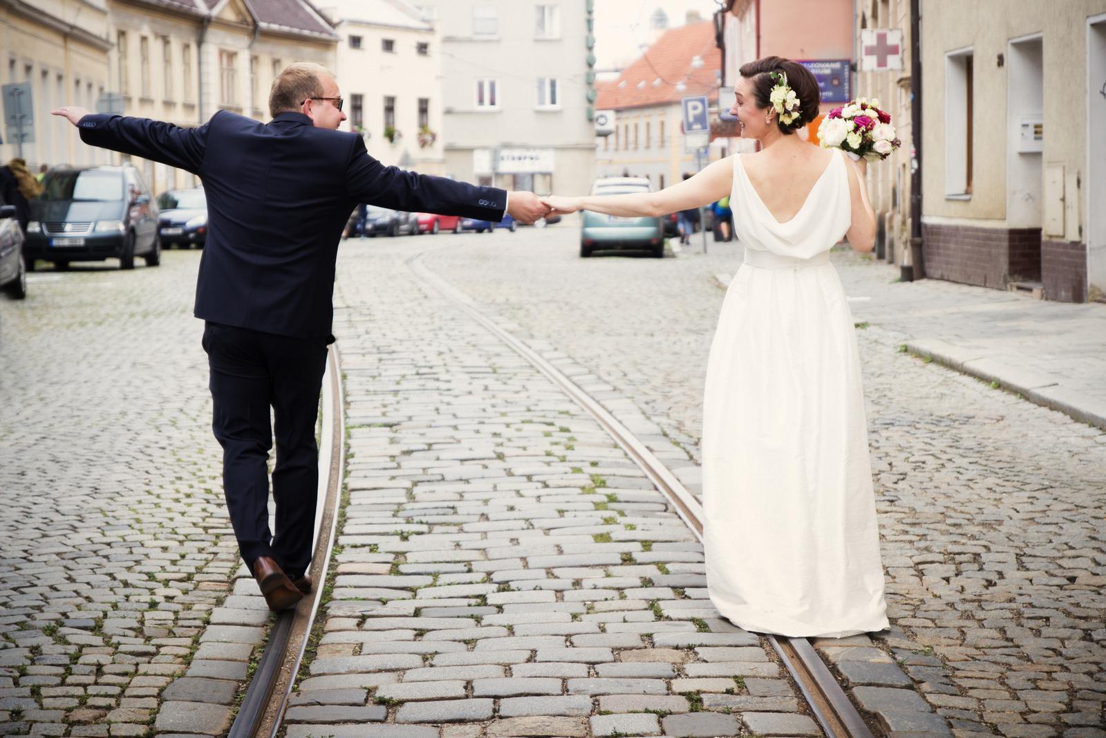 Svatební šaty - Marie Mukařovská - Nevěsta monina1210
