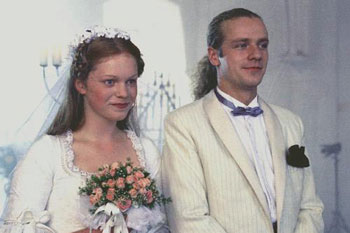 Svatby z filmů a seriálů - Dámě kord nesluší?