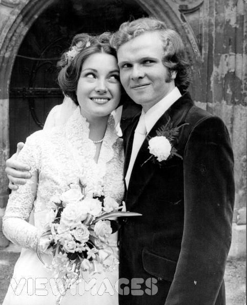Svatby celebrit - Jane Seymour a  Michael Attenborough (1971)