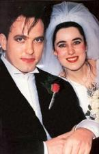 Robert Smith (The Cure) a Mary Poole (1988)