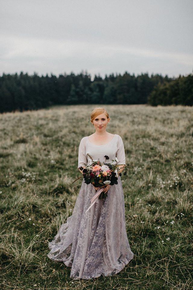 Svatební šaty - Marie Mukařovská - Obrázek č. 103