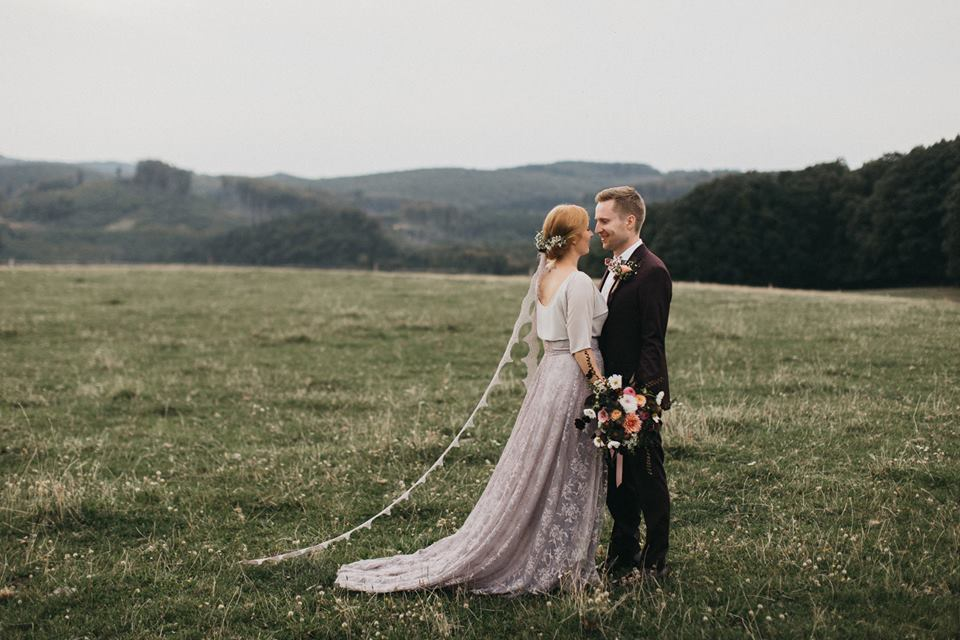 Svatební šaty - Marie Mukařovská - Obrázek č. 107