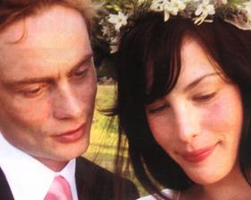 Liv Tyler a Royston Langdon (2003)