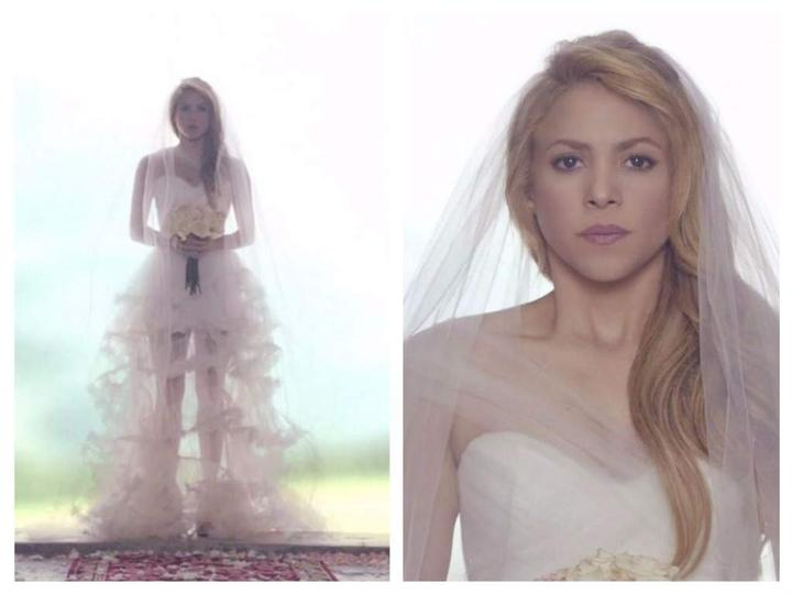 Videoklip Shakira - Empire