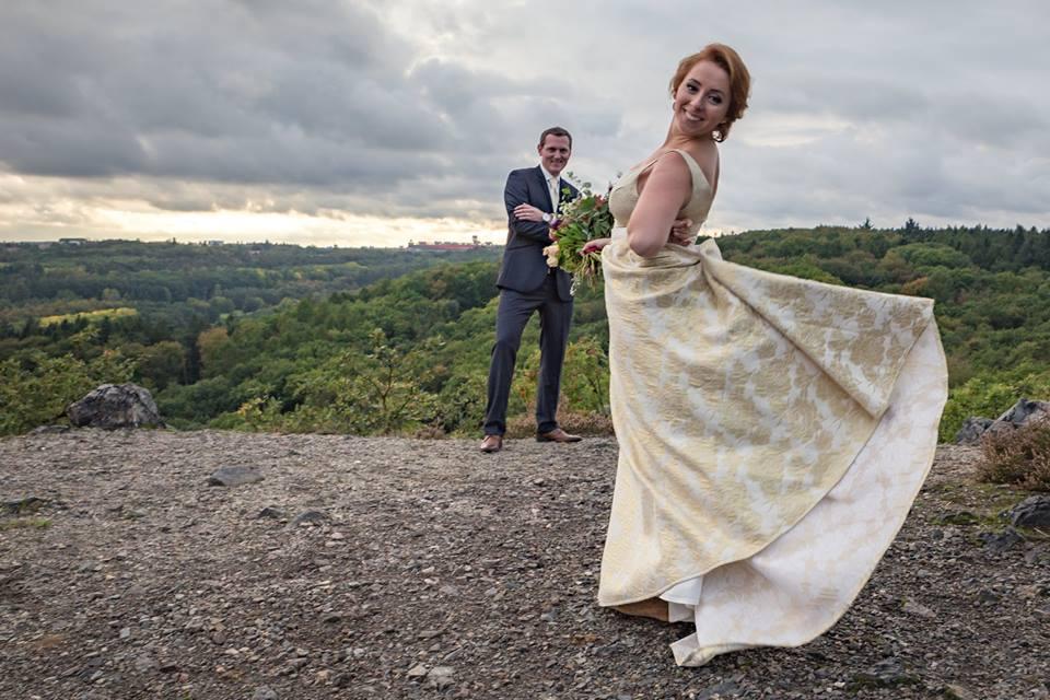 Svatební šaty - Marie Mukařovská - Obrázek č. 110