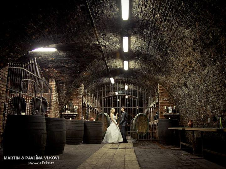 In vino veritas - Nevěsta Mesalina