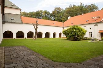 Augustiánské opatství a farnost Brno - Rajská zahrada