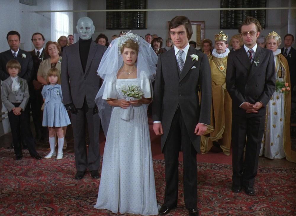 Svatby z filmů a seriálů - Arabela - celé šaty