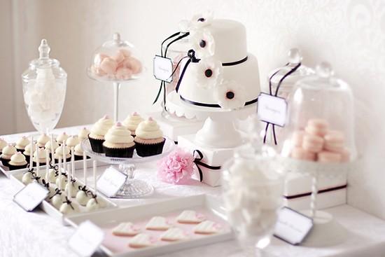 Stoly se sladkostmi - Obrázek č. 12