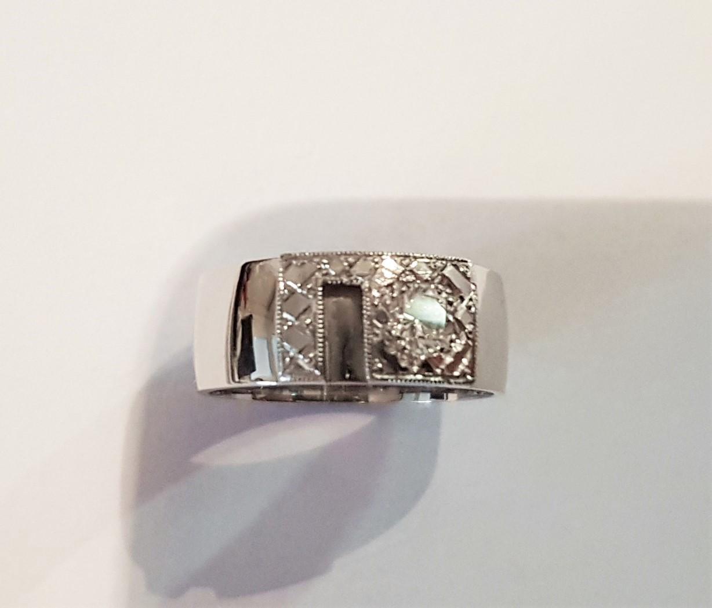 Široké snubní prsteny jsou v kurzu :-) - Obrázek č. 1