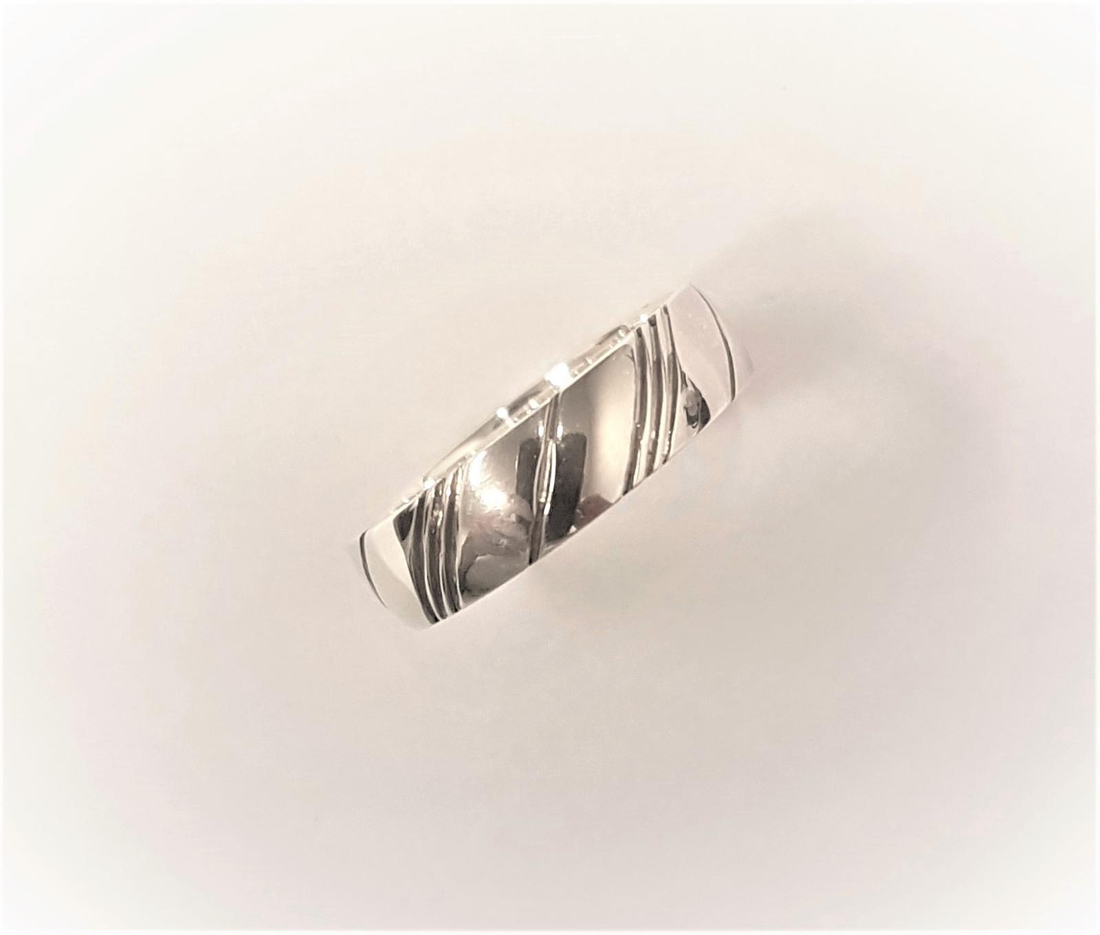 Dilema se snubními prsteny? - Obrázek č. 3