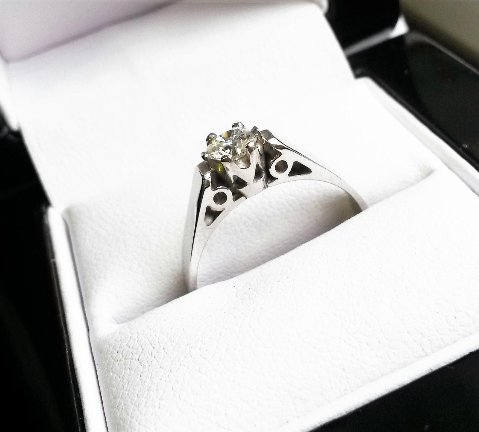 Zásnubní prsteny na Vánoce :-) - Obrázek č. 1