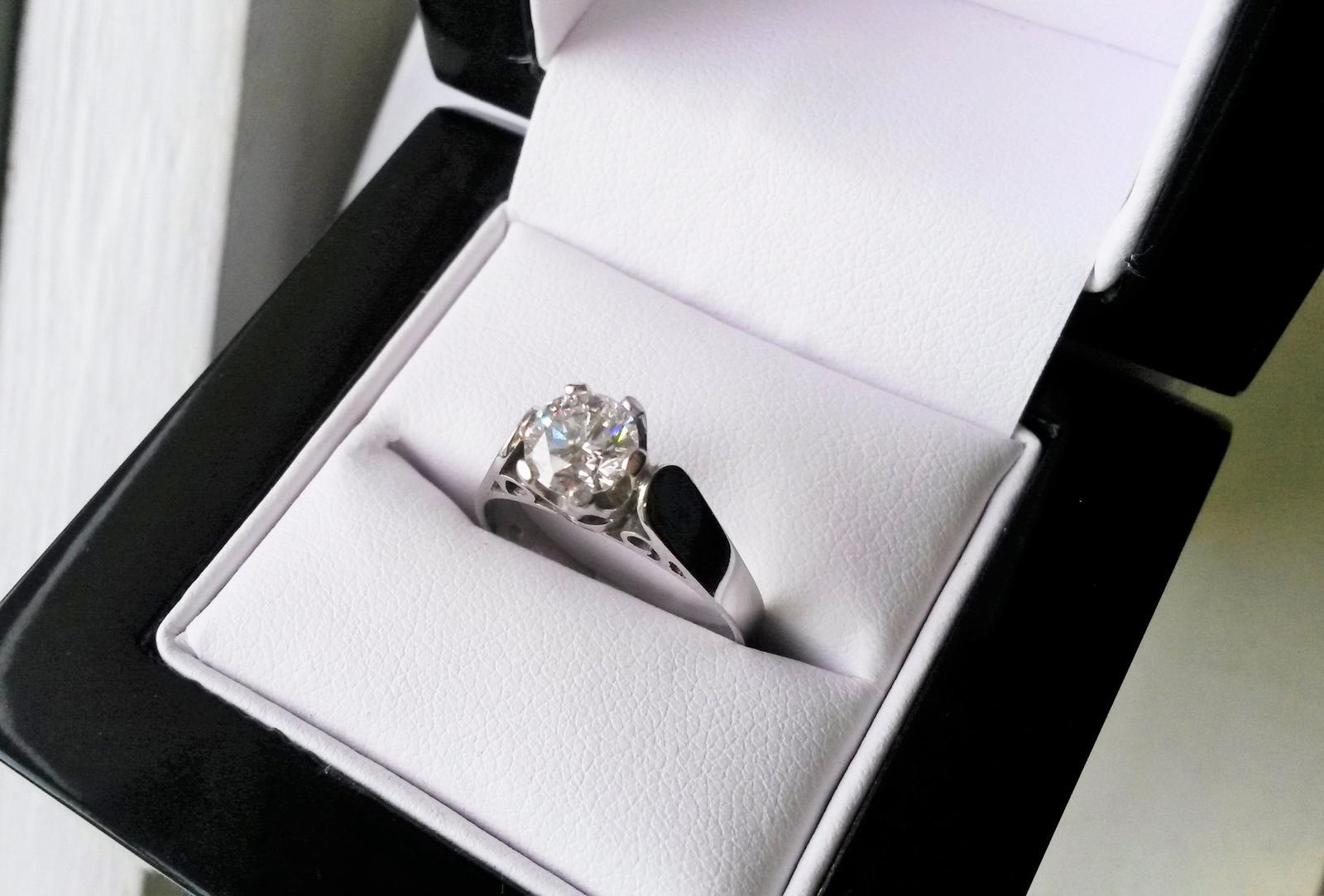 Zásnubní prsteny na Vánoce :-) - Obrázek č. 3