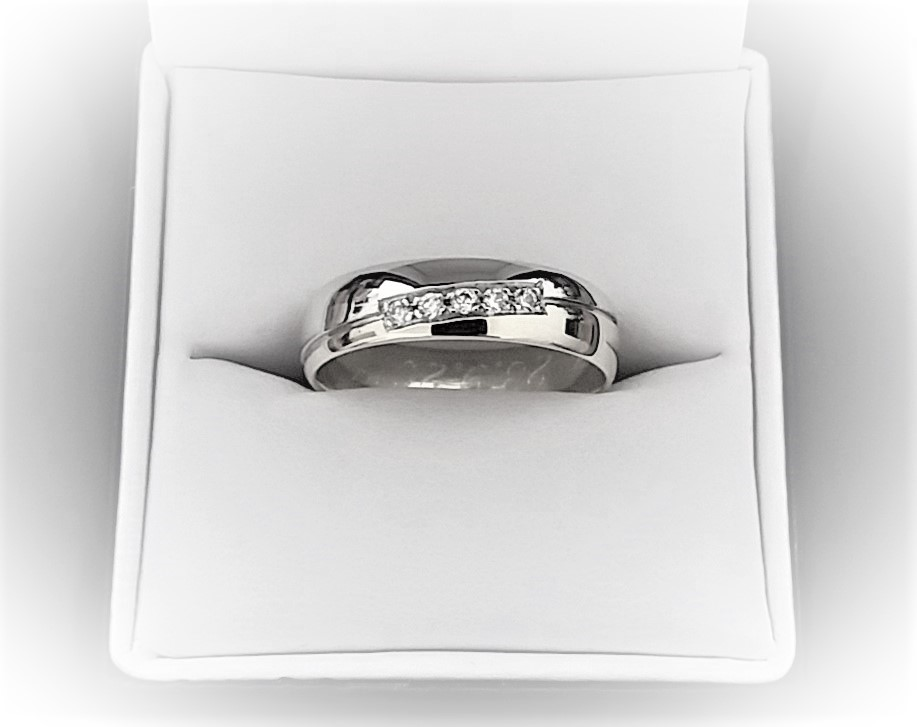 Ochutnávka nových snubních prstenů... - Obrázek č. 3