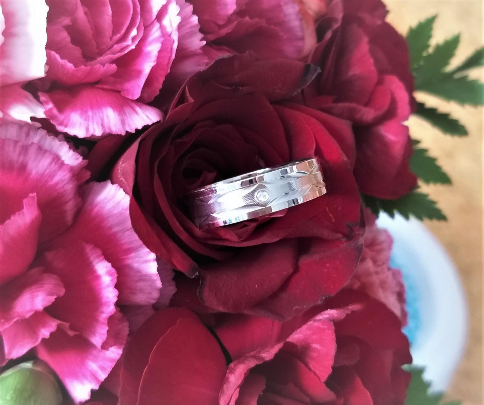 Nové modely snubních prstenů Benet - Obrázek č. 3