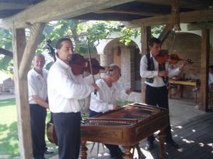 Cimbálová muzika z Ratíškovic