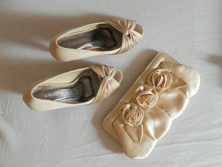 Béžové svadobné lodičky  značky  MTshoes - Obrázok č. 2