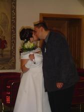 první polibek v manželství