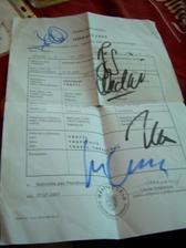 Kopie oddacího listu podepsaná členy Stratovarius:-x