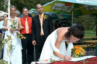 podpis nevesty