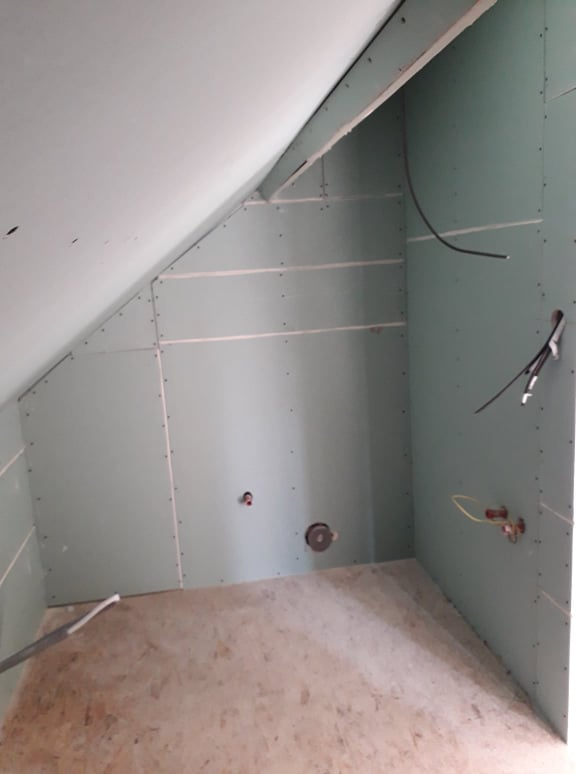 Dom/rekonštrukcia, sen/náročné obdobie :-) - horná kúpelňa 10/2019