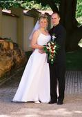 Svatební šaty se závojem, 44