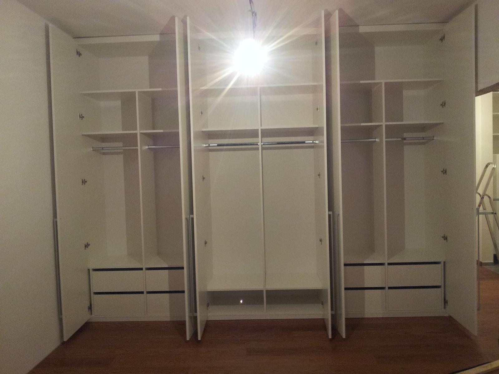 Dizajn a výroba nábytku na mieru Cubica - Vstavaný šatník - dizajn a výroba cubica