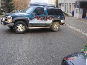 No cestu nám prekazil jeep, ktorý nás zastavil