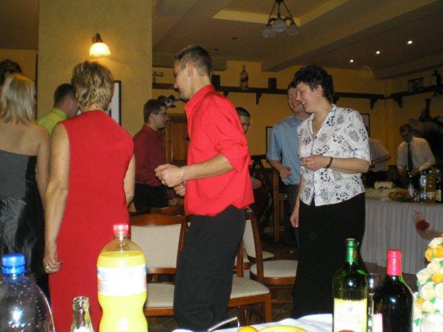 Lenka Brtková{{_AND_}}Roman Kuchárik - Stoličkový tanec