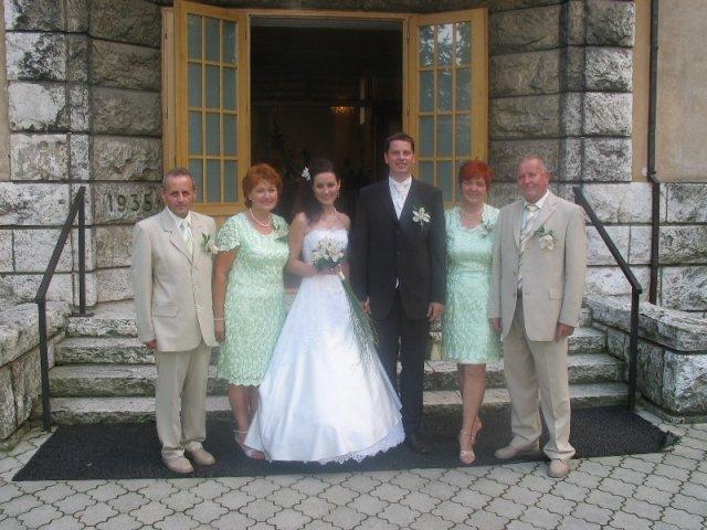 Lucka{{_AND_}}Radko - novomanželia a naši rodičia