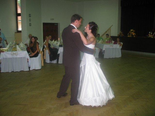 Lucka{{_AND_}}Radko - náš prvý tanec a nebol hociaký...normálna choreografia, ala Let's dance