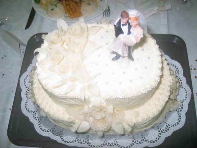 Lucka{{_AND_}}Radko - torta bola umeleckým dielom...krásna a chutná!!