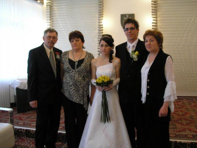 Michaela Mikušová{{_AND_}}Michal Kovačech - s rodičmi