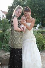 Ja, sestra a jej mala - nasa mala druzicka Lenka