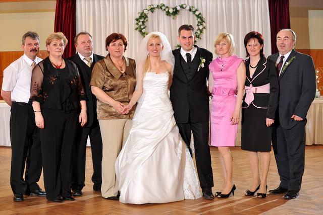 Sylvia Jurkasová{{_AND_}}Peter Krivošík - s rodičmi a krsnými rodičmi