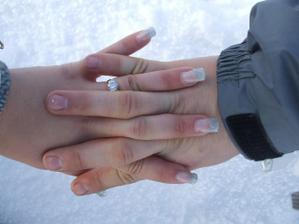 môj zásnubný prsteň:-)
