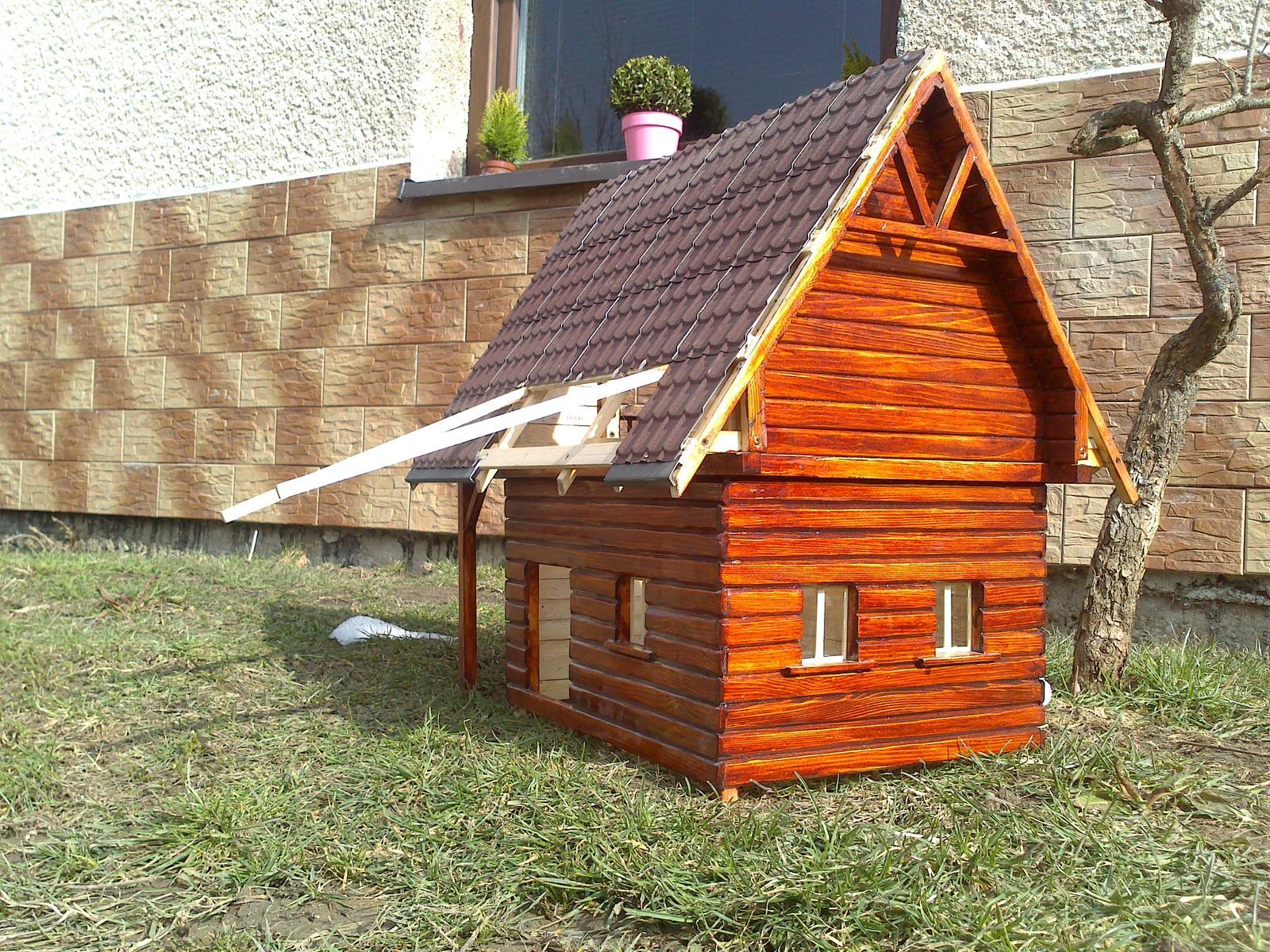 Skalka - Este sem pribudne takyto vlastne vyrobeny domček, ktory este stale nieje dorobeny