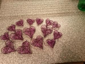 Drátěná fialová srdíčka :-)