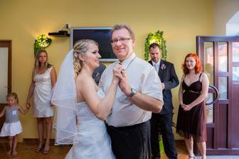 tanec s tatínkem :)