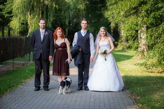 naši svědci byli po celou svatbu prostě úžasní :)